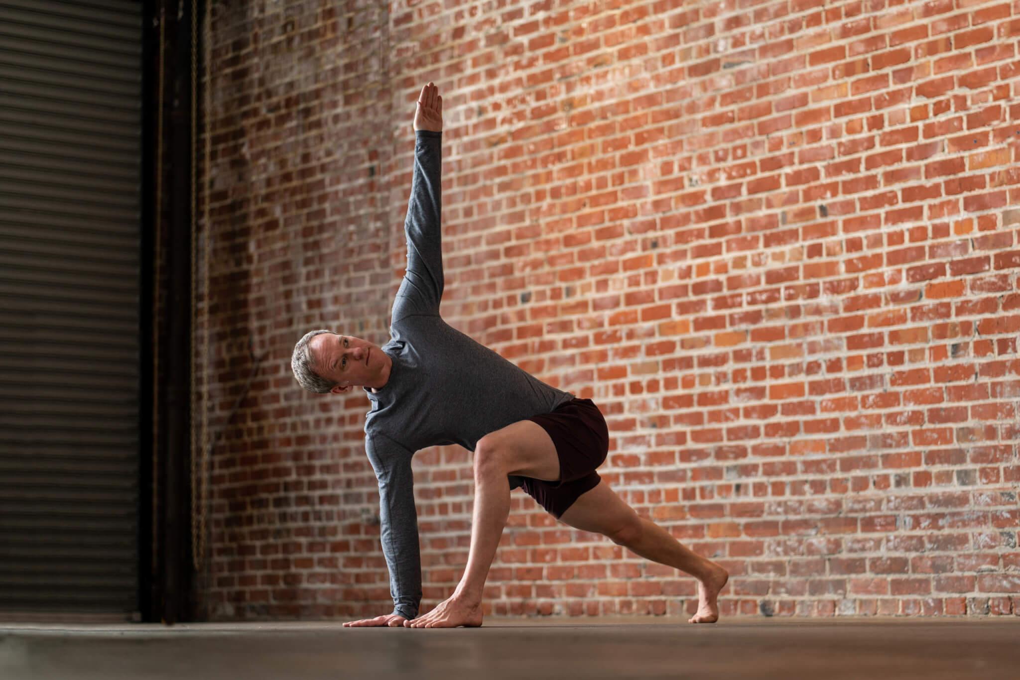 knee pain in yoga