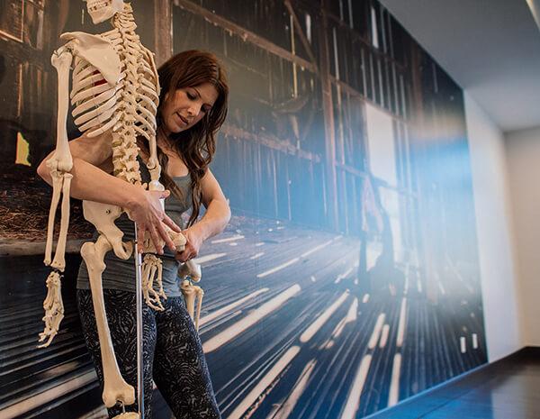 Alexandria Crow teaching anatomy